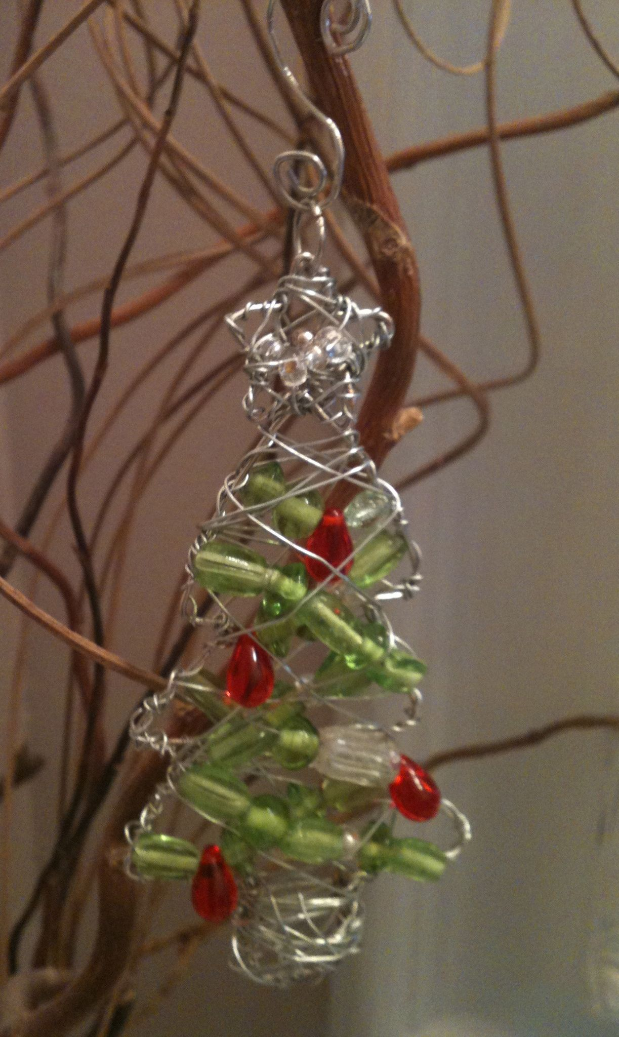 Wire Bead Christmas Tree Ornament With Images Christmas
