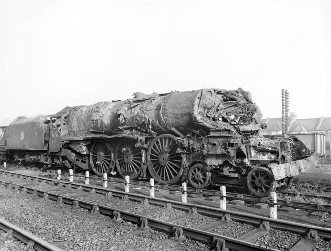 This is 46242 City of Glasgow after the Harrow & Wealdstone disaster. It  was rebuilt & returned to service.