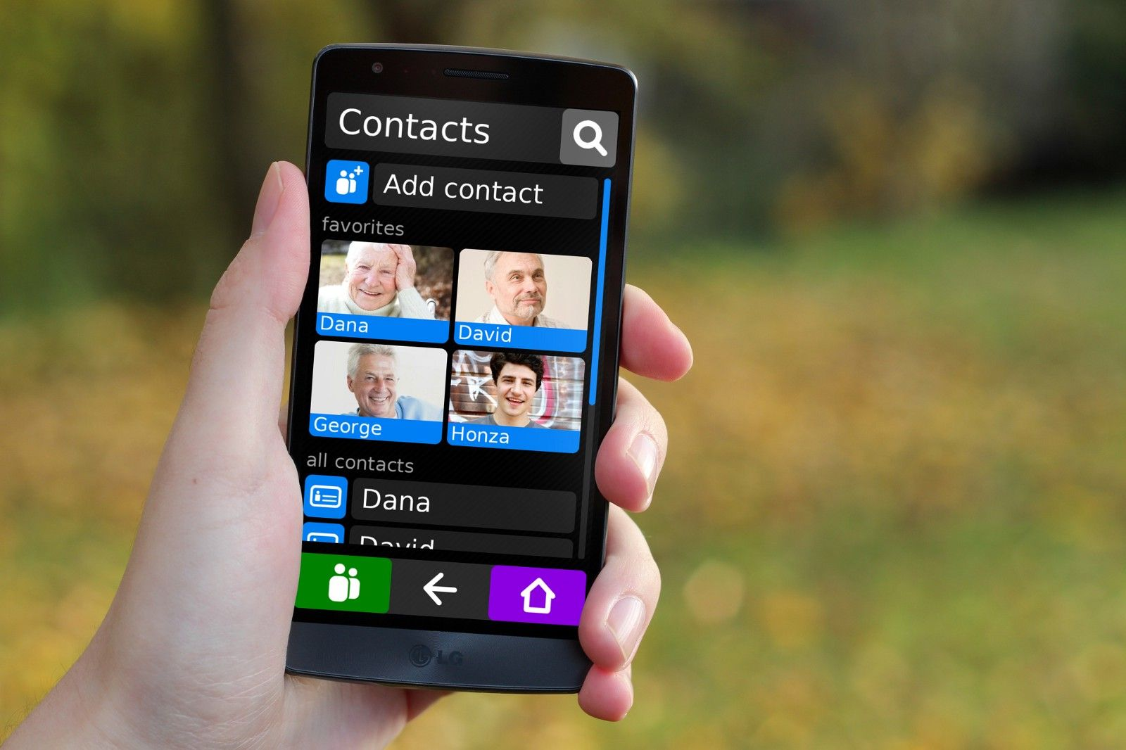 Designing a mobile interface for older people buy cell
