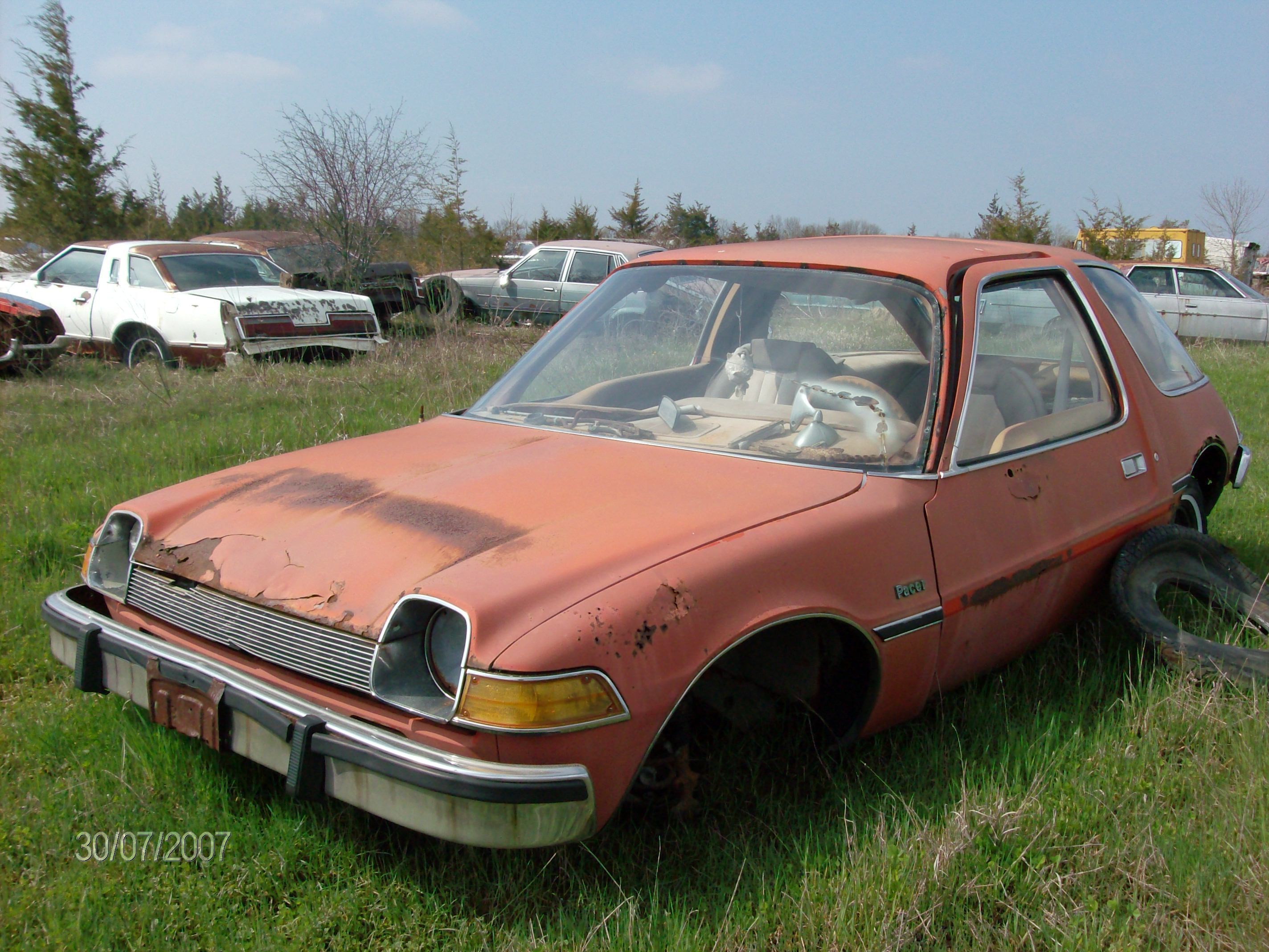 Wallys Auto Salvage >> 1975 Amc Pacer At Roblin S Classic Auto Salvage Abandoned