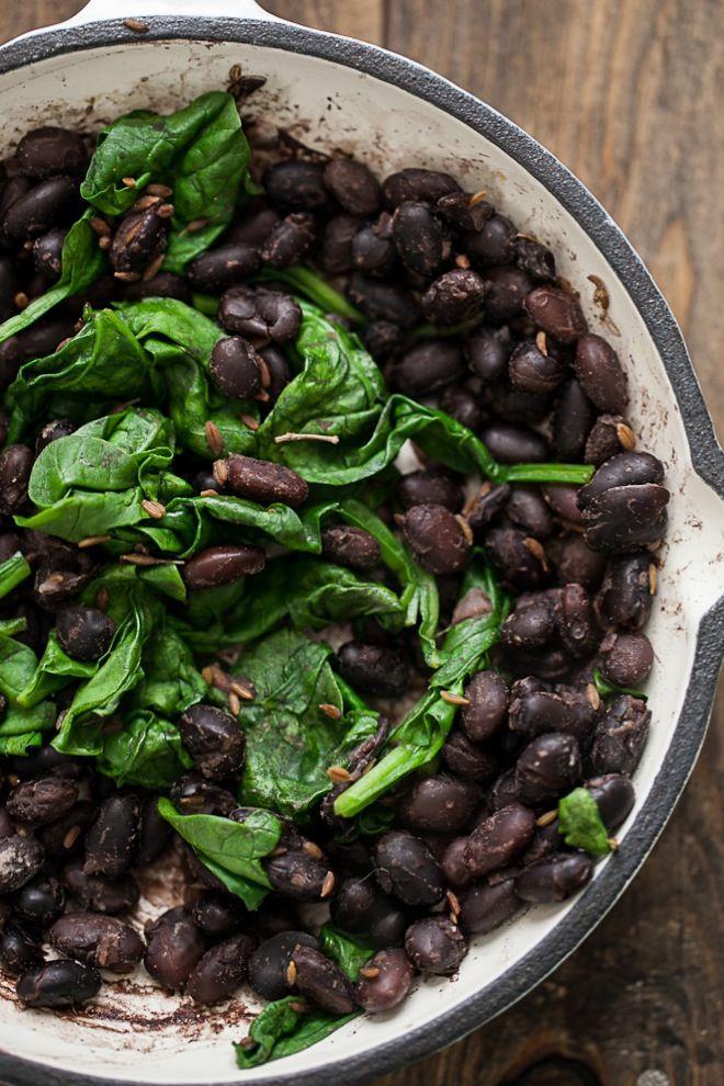5-Ingredient Black Bean and Rice | Rezept | Ayurvedische küche ...