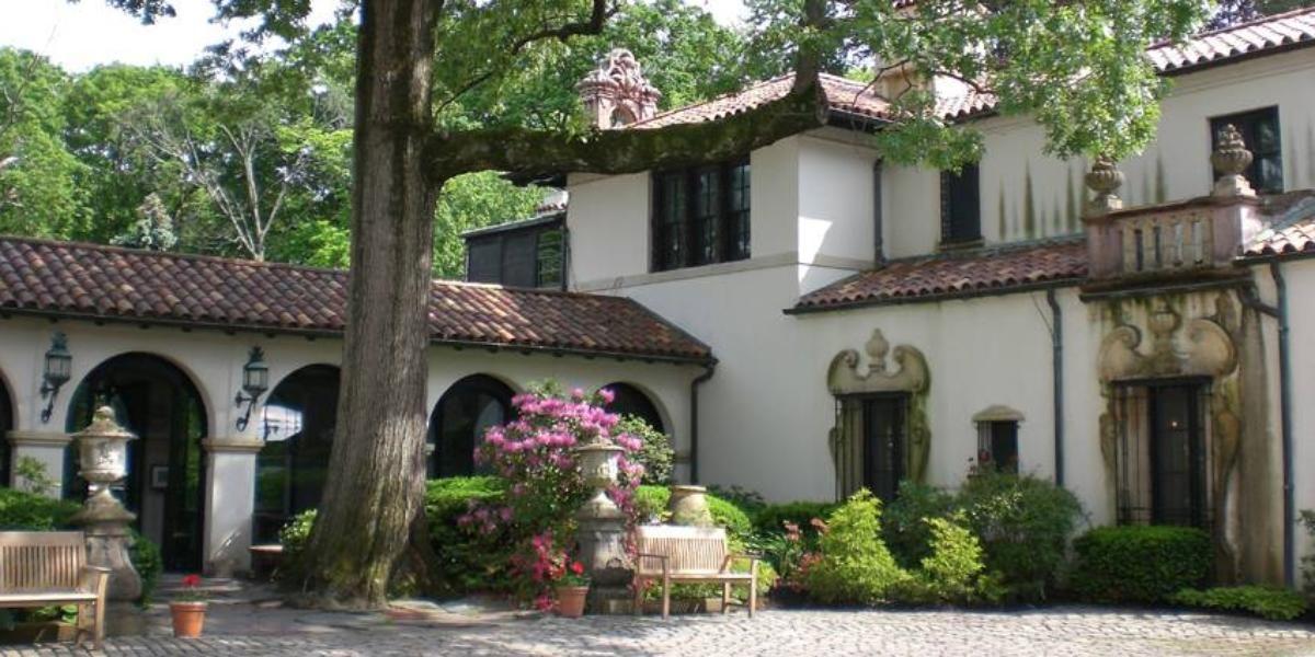 Weddings At Vanderbilt Mansion In Centerport Ny Wedding Spot Long Island Mansion Vanderbilt Mansions Mansions