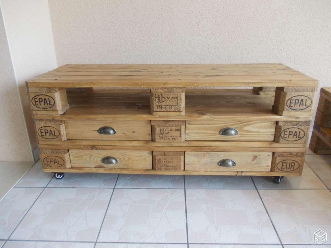 Meuble tv et table basse en palette home sweet home for Restauration meuble bois