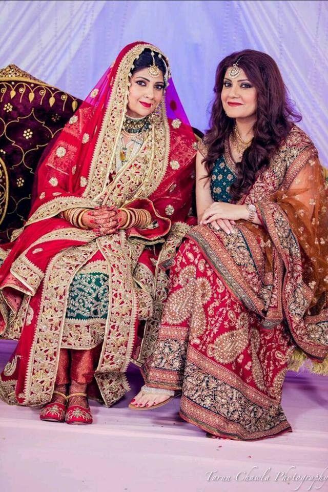 Hyderabad Bride Saba Khan wearing red Khada Dupatta at her Nikah ...