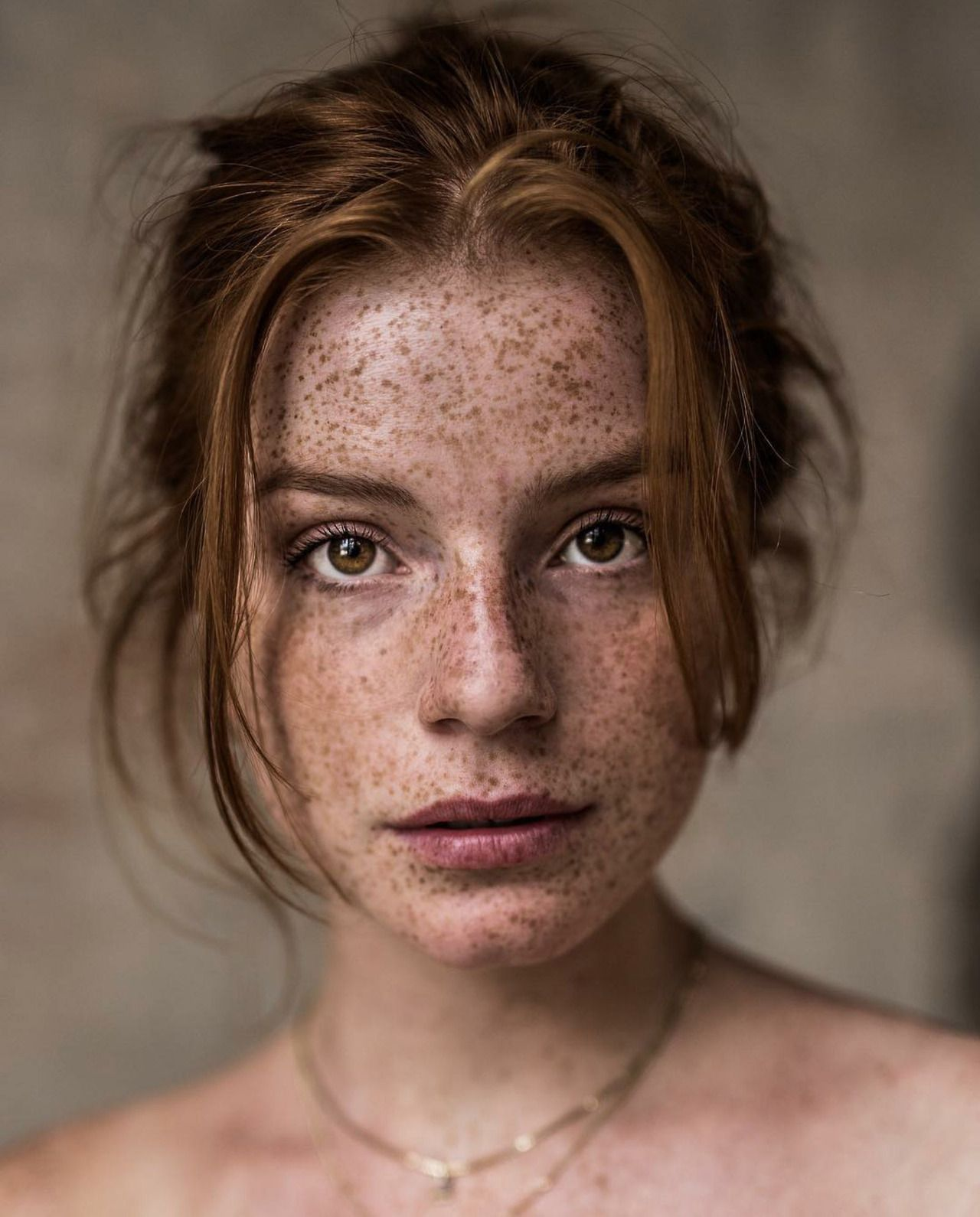 ho made freckles iconic - 736×920