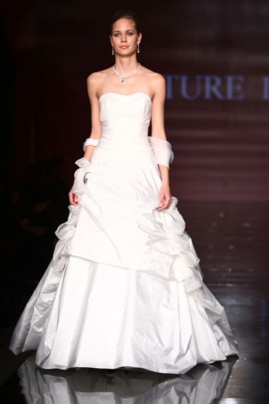 4c98b06b3e71 Abiti Sposa Milano - Couture Hayez - Galleria Immagini Collezioni Spose