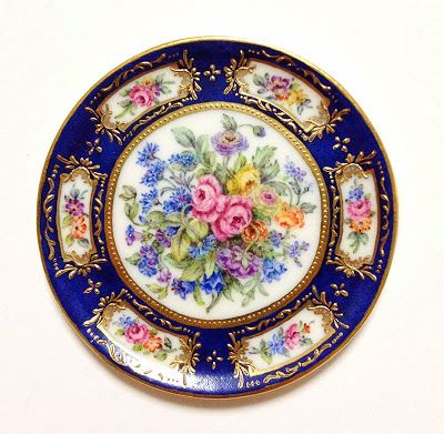 scale miniature From Japan Porcelain by Miyuki Nagashima . Reproductions in miniature of beautiful French Sevres porcelain plates.  sc 1 st  Pinterest & Miyuki Nagashima Good Sam Showcase of Miniatures | Tablescaping ...