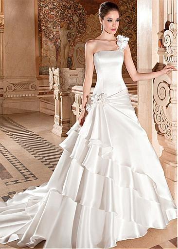 pin de mirian caceres en corset | pinterest | vestidos de novia