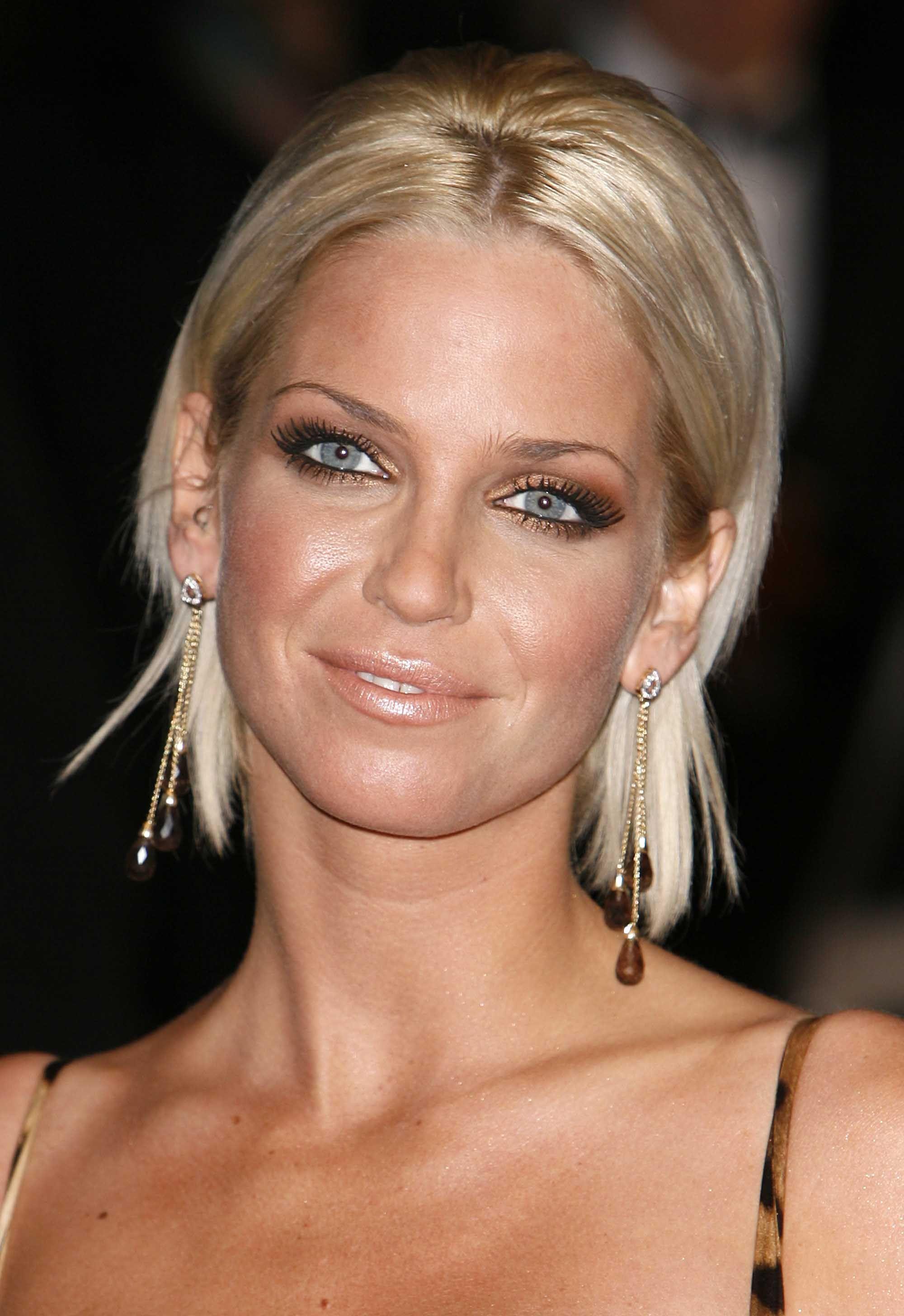 images of sarah harding short hairstyles ideas casino royale world