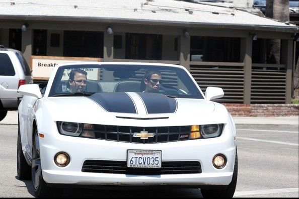 Nick Jonas In A Chevy Camaro With The Top Down Jonasbrothers Celebrity Cars Camaro Chevy Camaro