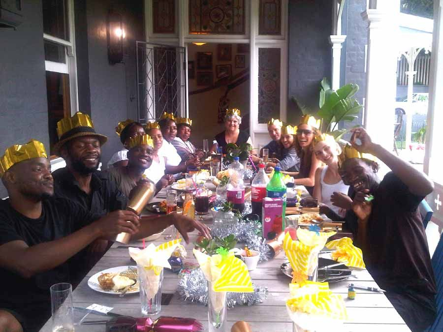 Christmas In Africa Traditions.Image Result For Christmas Africa Feast Christmas Crackers