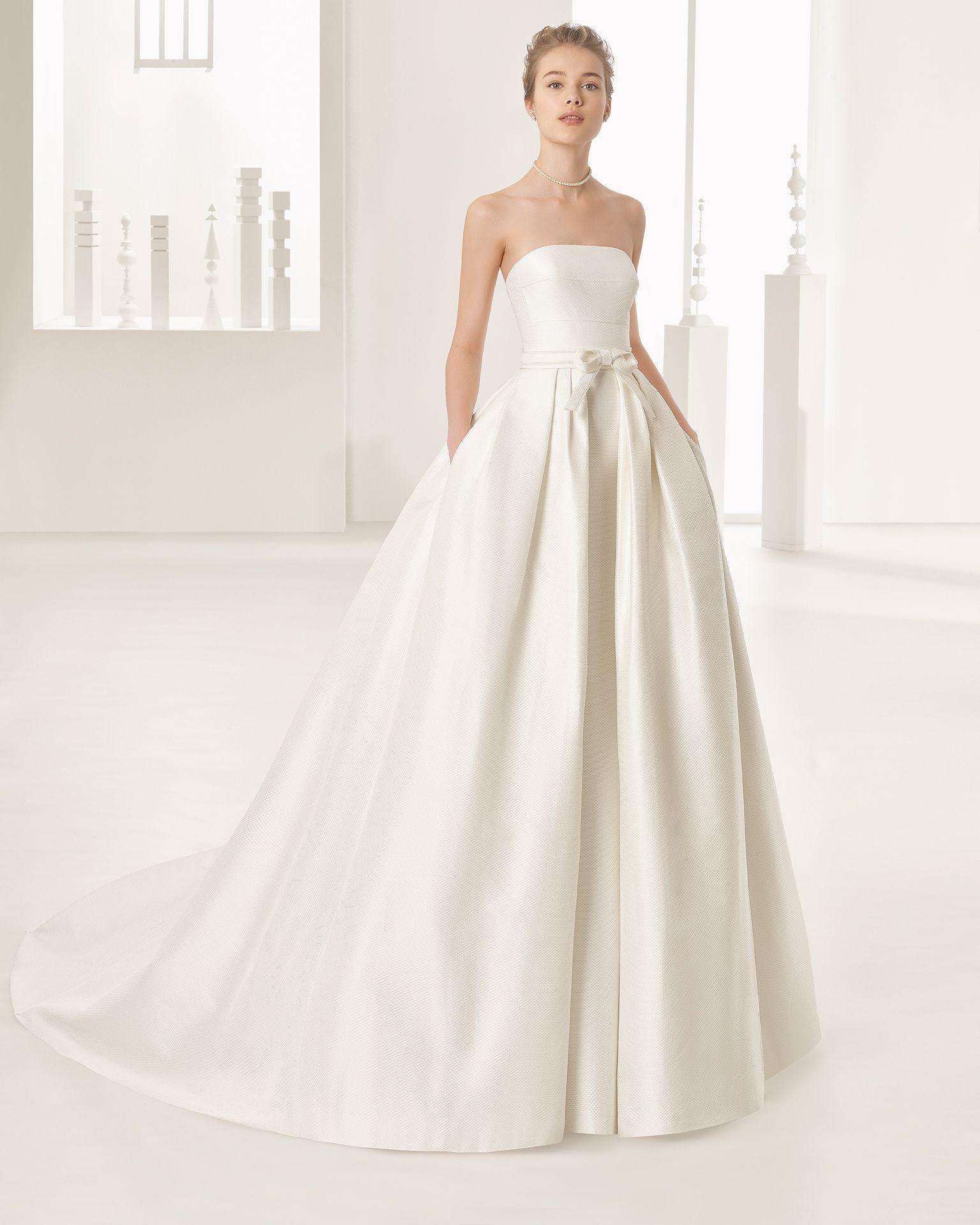 Naroa - Hochzeit 2017. Rosa Clará Kollektion | Hochzeitskleider ...
