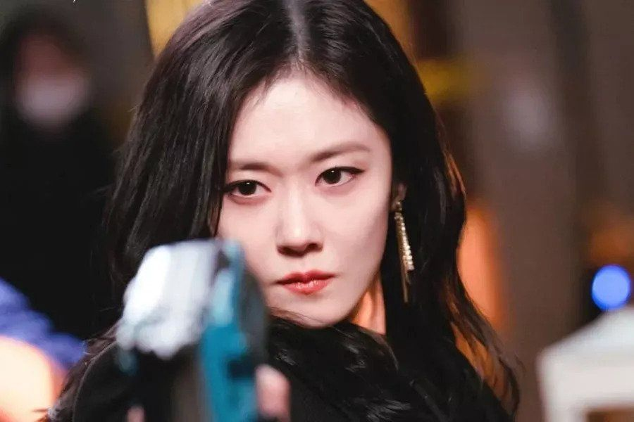 "Jang Nara Shares Why She's Nervous About Upcoming Drama ""Sell Your Haunted House"" + Dishes On Working With CNBLUE's Jung Yong Hwa"