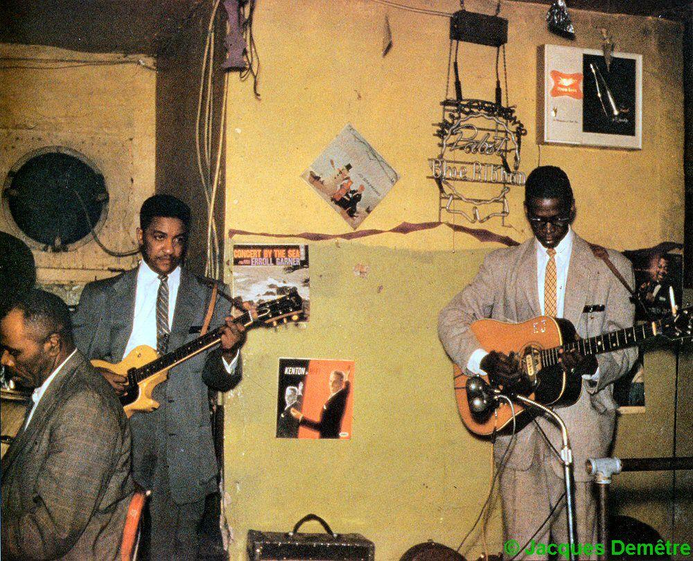 Sunnyland Slim Homesick James Williamson Elmore James At Charlie S Lounge 1811 West Roosevelt Road Chicago 1959 Sour Roots Music Blues Musicians Blues