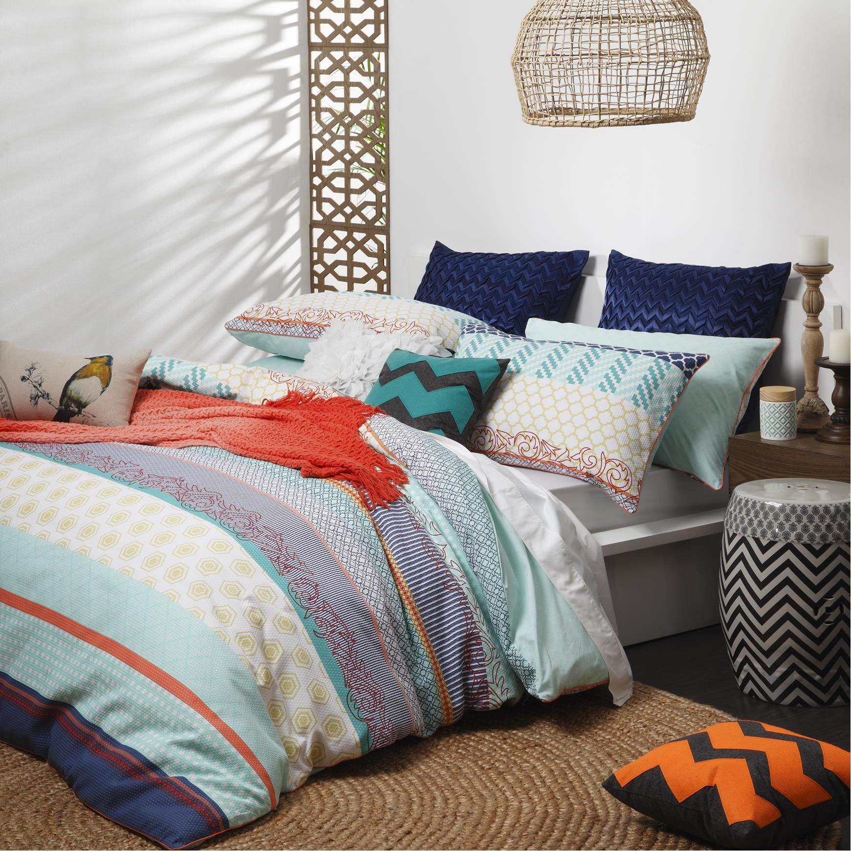 Logan and Mason Shanti Turquoise Duvet Cover Set - view full collection - duvet covers - queenb