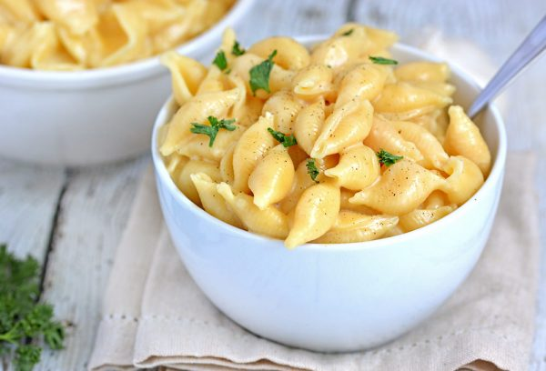 Garlic & Parmesan Instant Pot Mac and Cheese - Foodie and Wine #tacomacandcheese Garlic & Parmesan Instant Pot Mac and Cheese - Foodie and Wine #tacomacandcheese Garlic & Parmesan Instant Pot Mac and Cheese - Foodie and Wine #tacomacandcheese Garlic & Parmesan Instant Pot Mac and Cheese - Foodie and Wine #tacomacandcheese