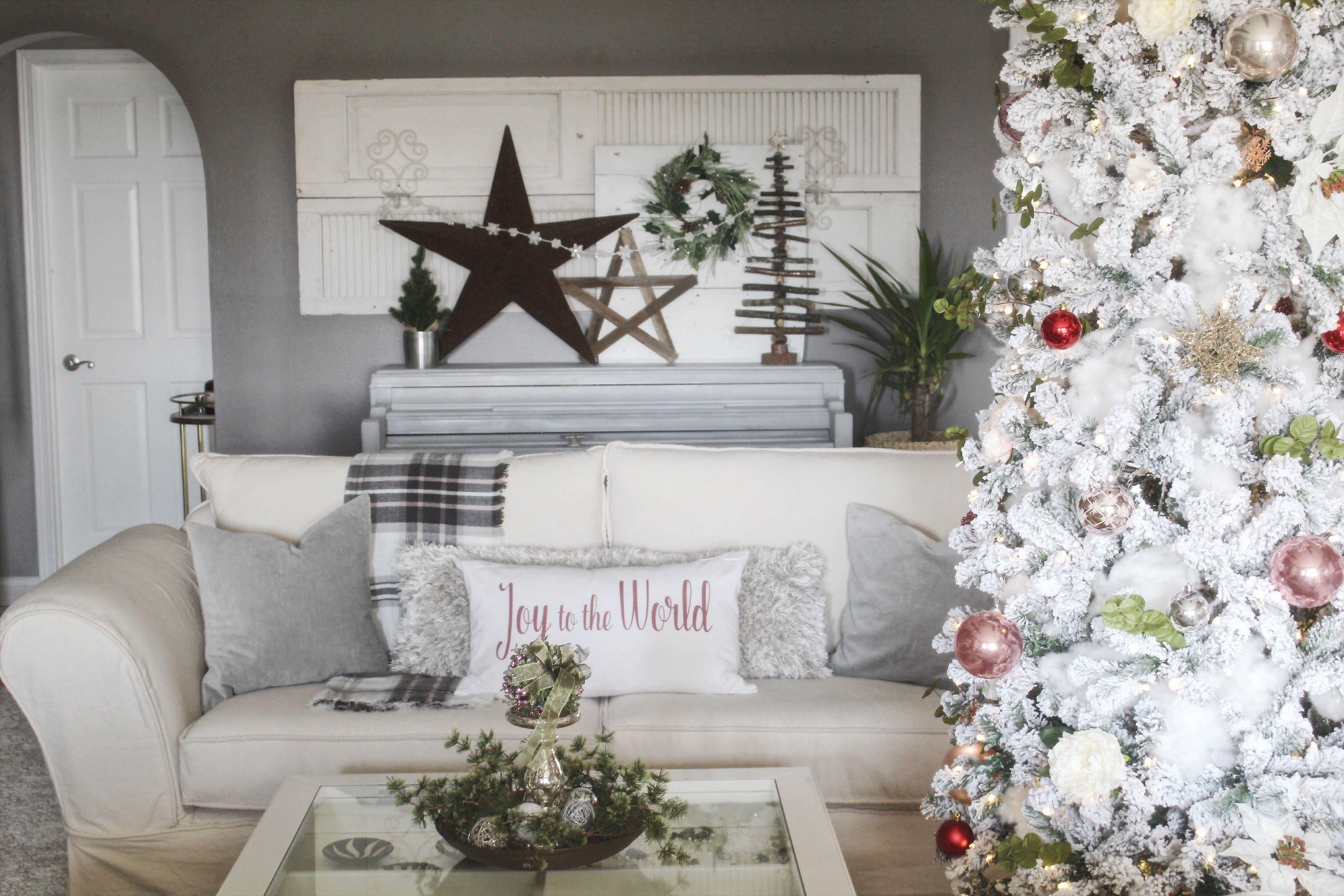 Christmas decor for open shelf in living room | Christmas Home Tours ...