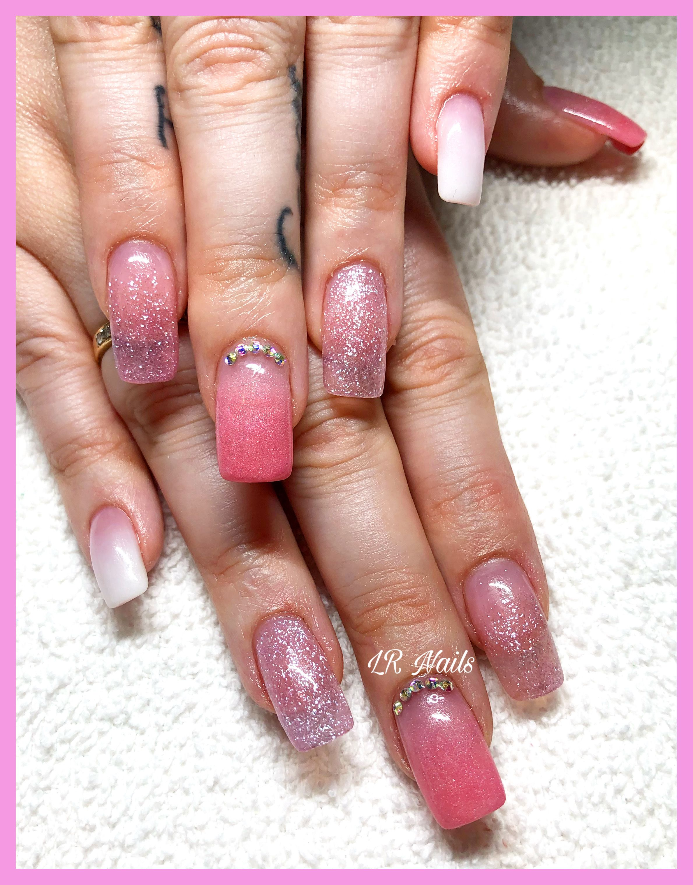 Pin by Jeanette Arias on Nails | Pink acrylic nails, Pink