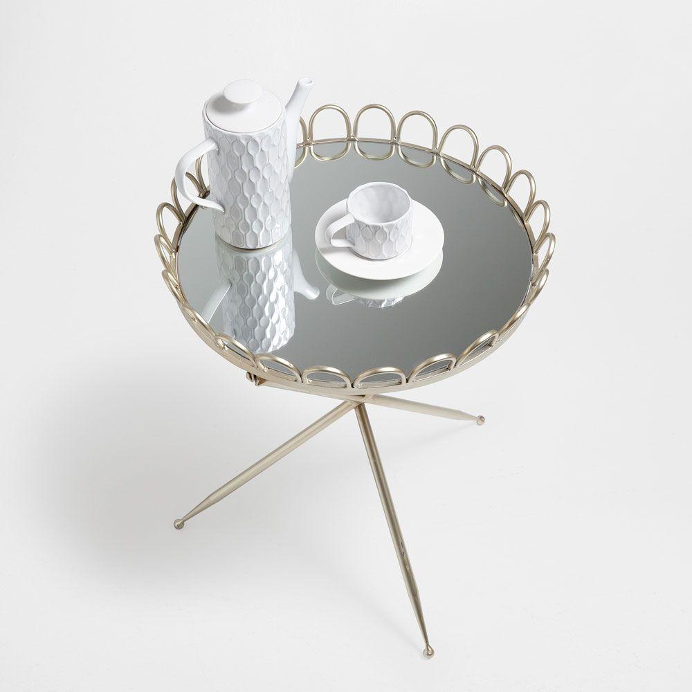 petite table ronde pliante wishlist mobilier de salon. Black Bedroom Furniture Sets. Home Design Ideas