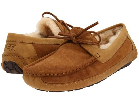 49cb03baaac UGG Byron Slippers in size 11. Had a similar pair of these before ...