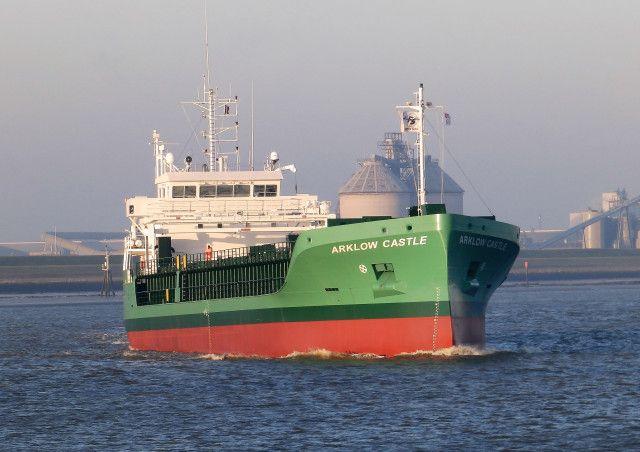 http://koopvaardij.blogspot.nl/2017/02/14-februari-2017-vertrek-vanuit.html  14 februari 2017 vertrek vanuit Delfzijl voor de technische proefvaart op de Eems nieuwbouw zeeschip ARKLOW CASTLE