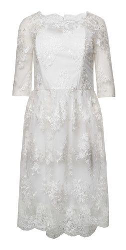 bd1ede516d Suknia ślubna. Krótka suknia ślubna. Sukienka dla panny młodej. Sukienka na  poprawiny.