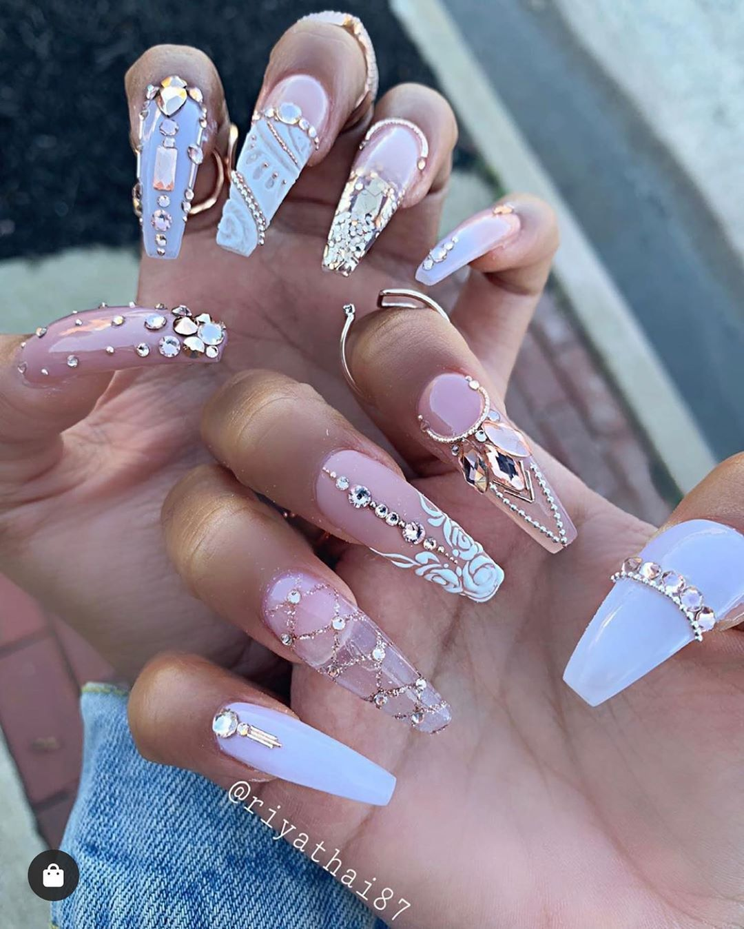 30 Amazing Rhinestone Nail Art Designs Ecstasycoffee: Pin By BBBeauty On NAILS In 2020