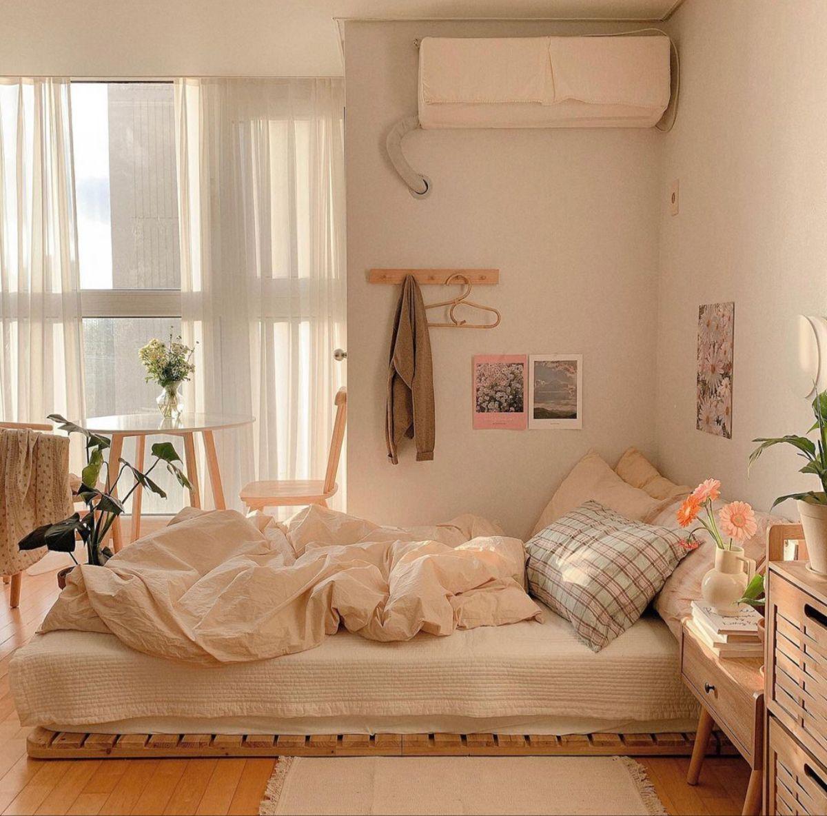 Pin By Ashlee Yepez On Interior In 2021 Room Design Bedroom Room Inspiration Bedroom Bedroom Interior Korean-style minimalist bedroom decoration