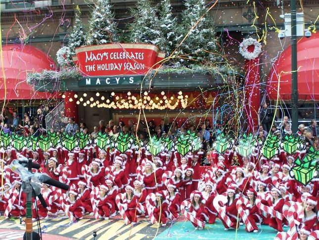 MACY'S PARADE | Thanksgiving Parade!! | Pinterest | Thanksgiving ...