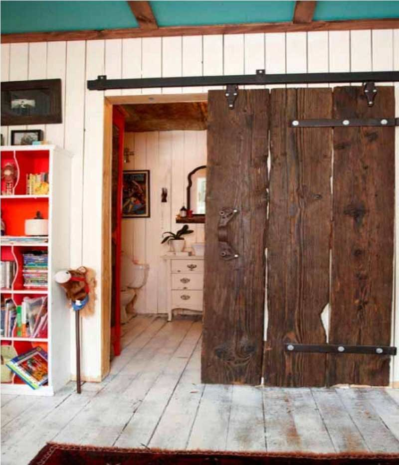 Delightful U003cu003c Country Sliding Door And Hard Wood Materials Of Woody House Vintage  Concept Amazing Ideas