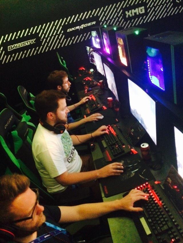 #Communitybeef Inc. mit @LiquidTLO @DerHauge @boedefeld_ @TheRocketBeans #beanscom #gamescom15