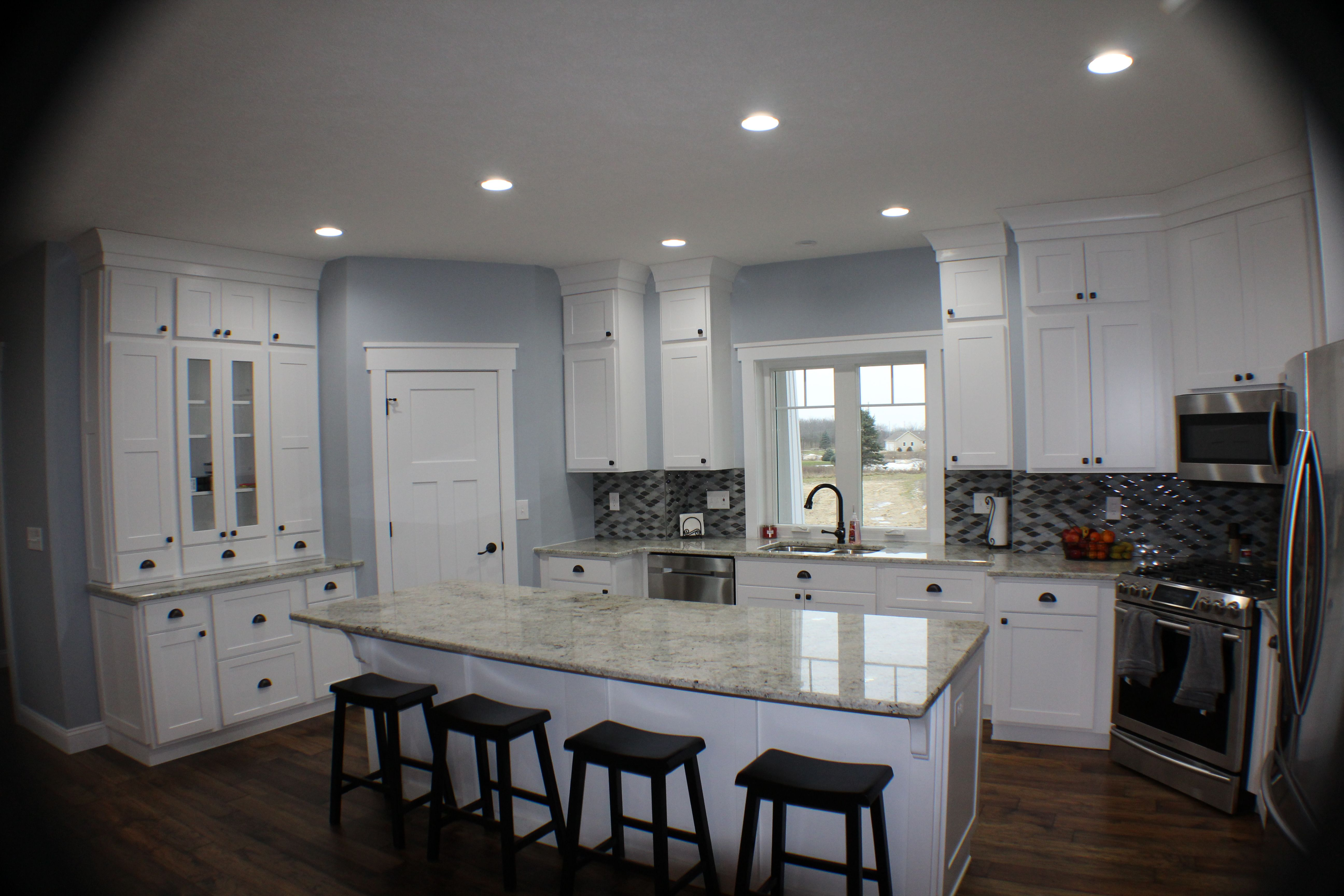 Showplace Cabinetry: White Paint Pendleton 275 Door style ...