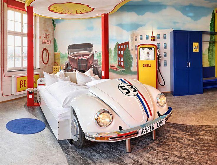 Un lit coccinelle chambres denfants pinterest coccinelles lits et chambres