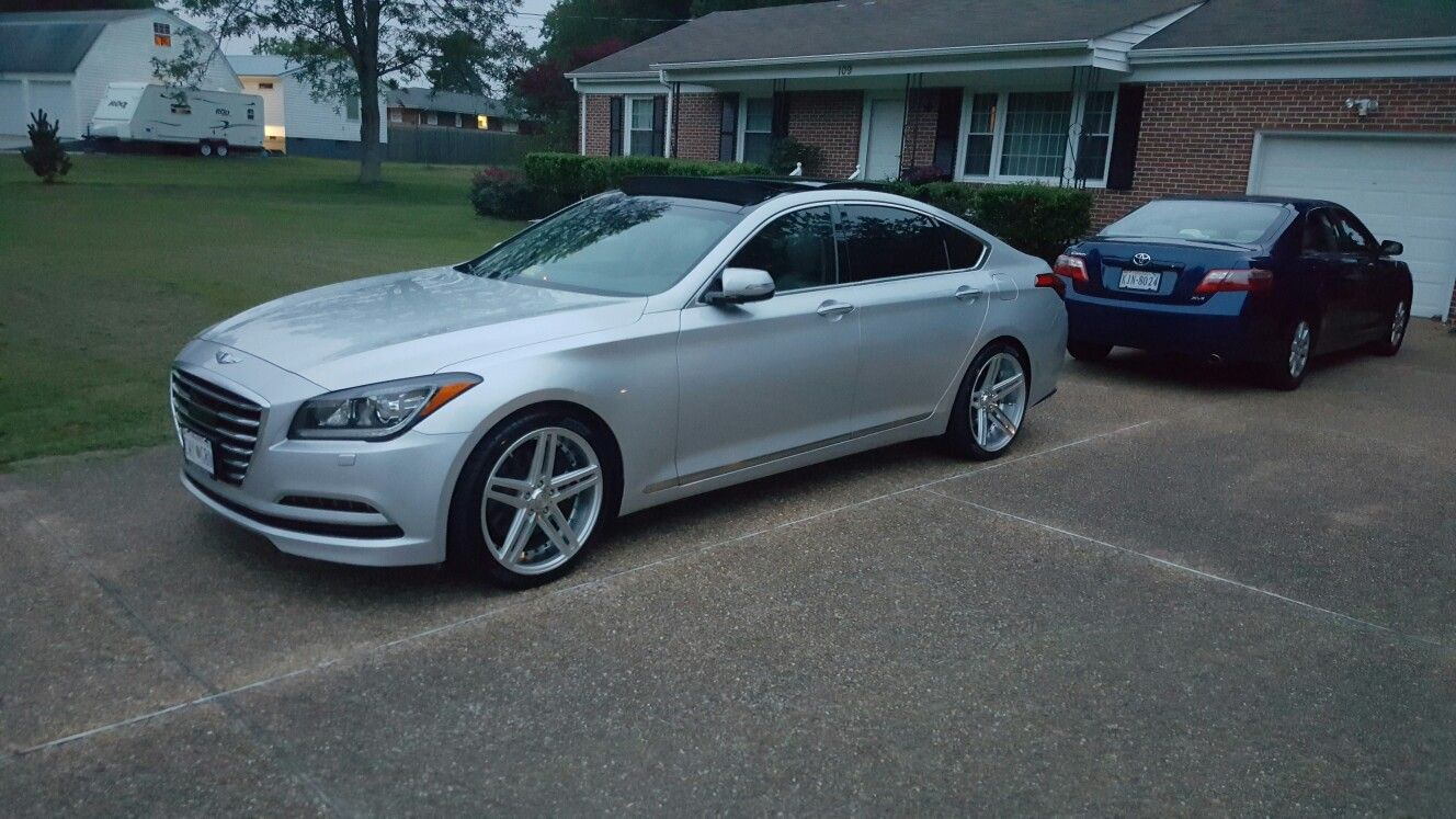 Hyundai Genesis Sedan Awd With Axe Wheels Staggered