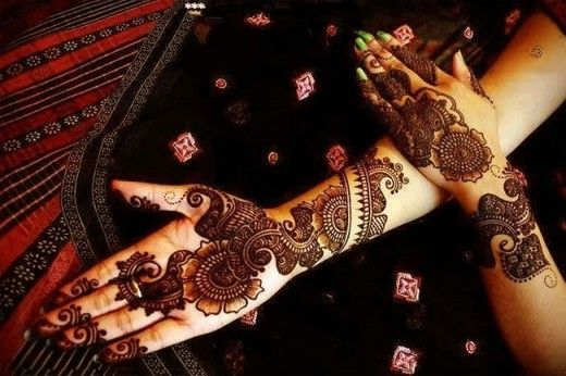 Mehndi Designs For Hands For Engagement : Latest mehndi celeberation and engagement are in