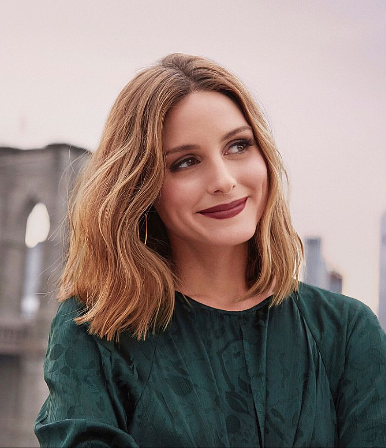 Waves Hairstyle Olivia Palermo With Short Hair And Messy Waves Hair Style  Hair
