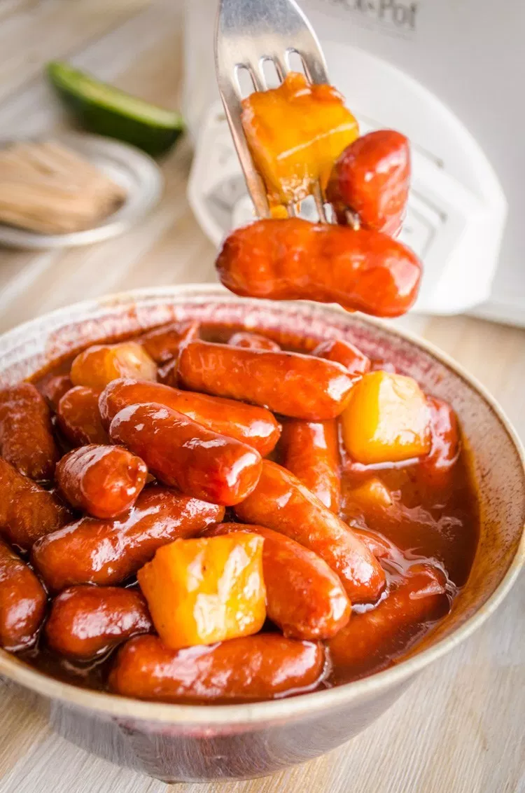 Slow Cooker Hawaiian Little Smokies