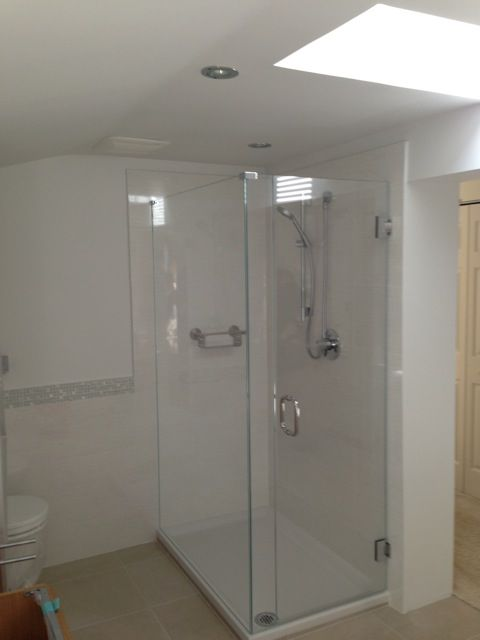 This White Clean And Pristine Shower Enclosure Benefits From Low Iron Glass Low Iron Glass H Frameless Shower Enclosures Frameless Shower Shower Enclosure
