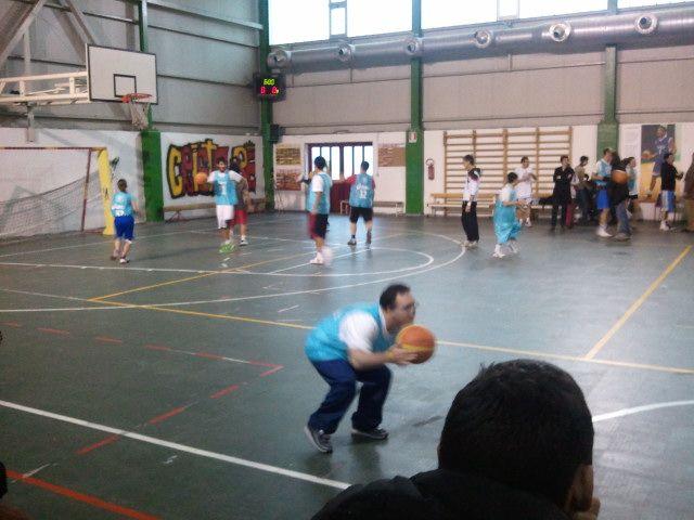 Il Baskin (basket integrato) uno sport per tutti! www.baskin.it lui si chiama Nicholas ed è  parecchio forte! ... Uploaded with Pinterest Android app. Get it here: http://bit.ly/w38r4m