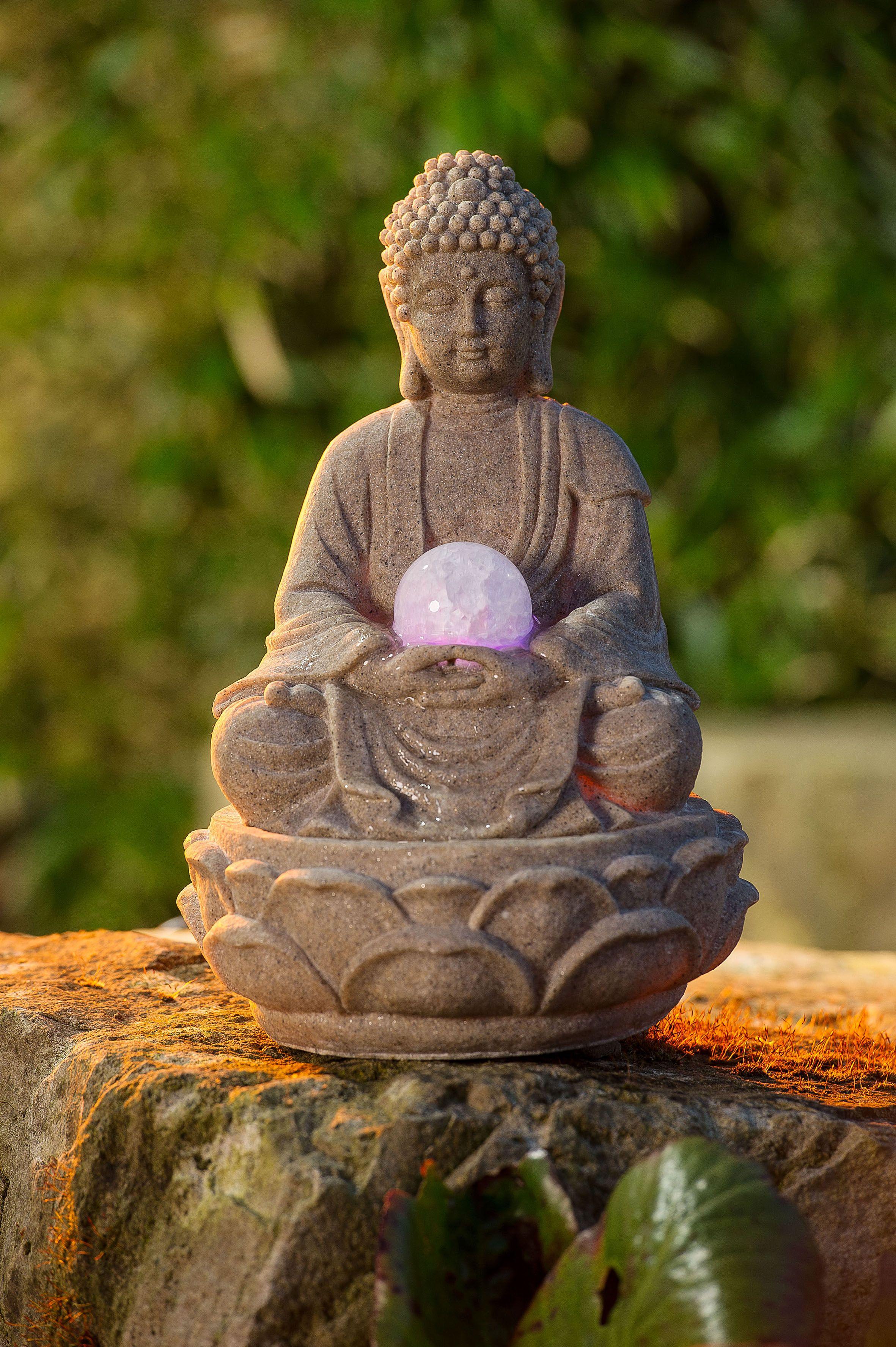 Fontaine bouddha pour une d coration asiatique r ussie for Idee deco fontaine exterieur