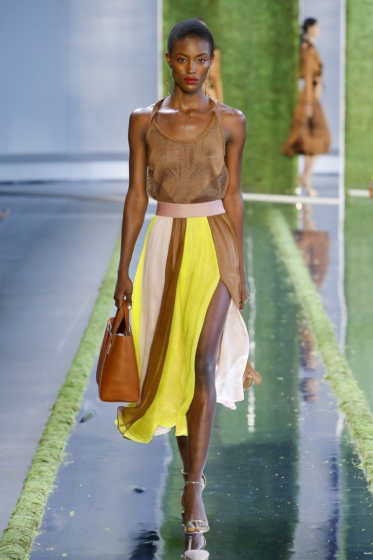 Cushnie Spring 2019 Ready-to-Wear collection runway looks beauty models and ...