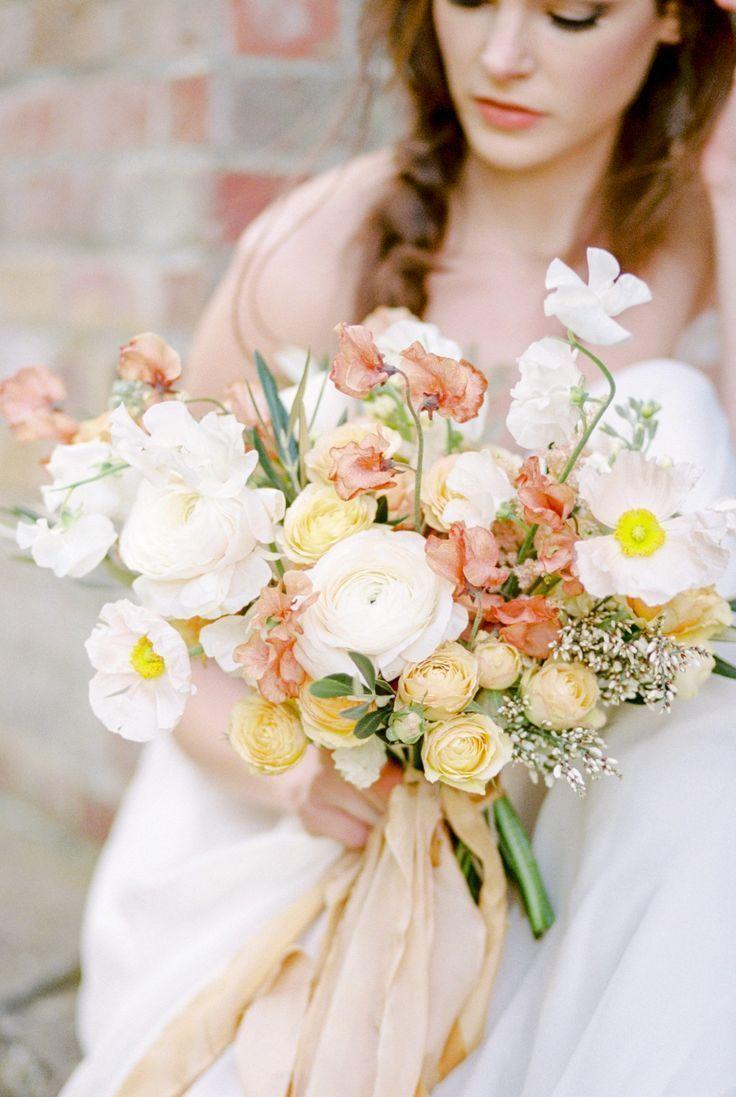 something blue spring wedding flowers in 2020 Yellow