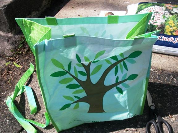 DIY Potato Grow Bag Anyone can make one of these