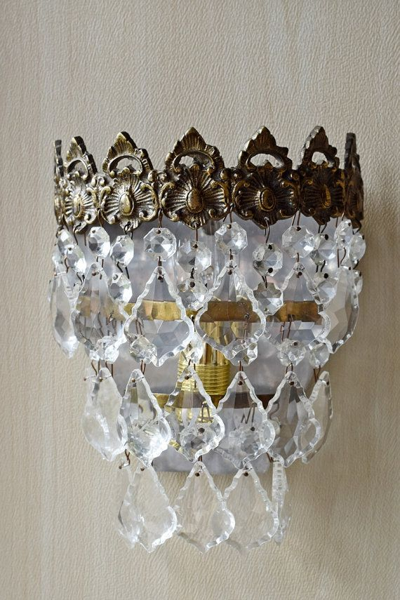 Worldwide Free Express Delivery Our Chandeliers Are Re Wired And Compatible For The States Uk Australia Ready To Hang Ornate Pair Of Vintage Wall Lights