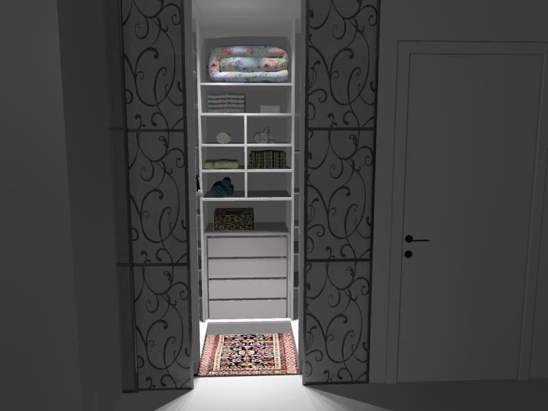 Closet Mirella
