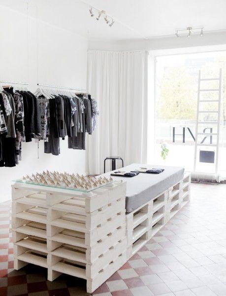 R/H Design Store, Designed By Asli Ufacik