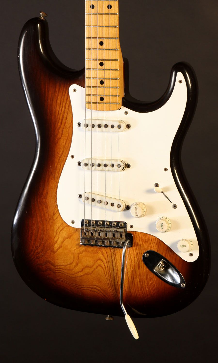 Catch of the Day: 1954 Fender Stratocaster | Fretboard Journal