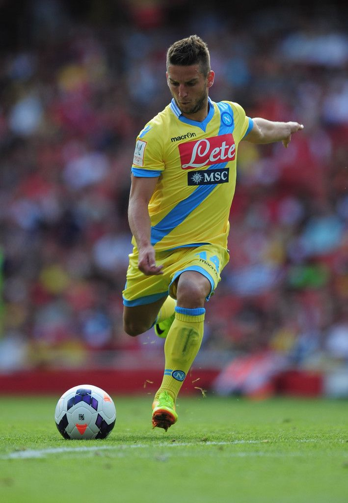 Pin By Giles Smets On Belgian Football Players Football Players Dries Mertens Best Player