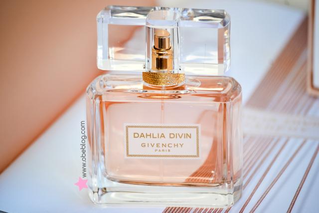 El mito de Dahlia Divin continúa .. (con imágenes