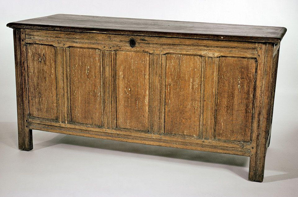 Antique furniture · Joined Chest by Thomas Little, Mansfield,Massachusetts,  c1630-72 - Joined Chest By Thomas Little, Mansfield,Massachusetts, C1630-72
